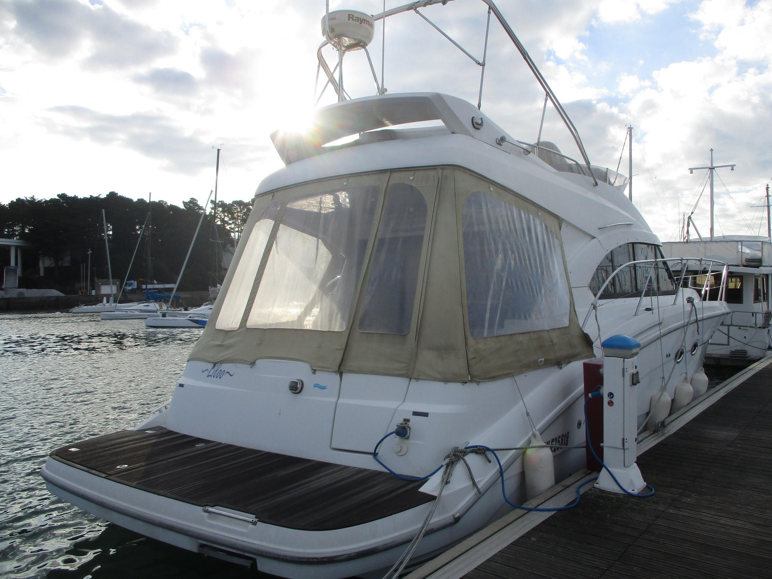 location de bateau moteur antares 42